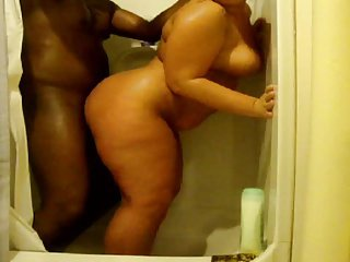 Interracial Pawg Shower instalment